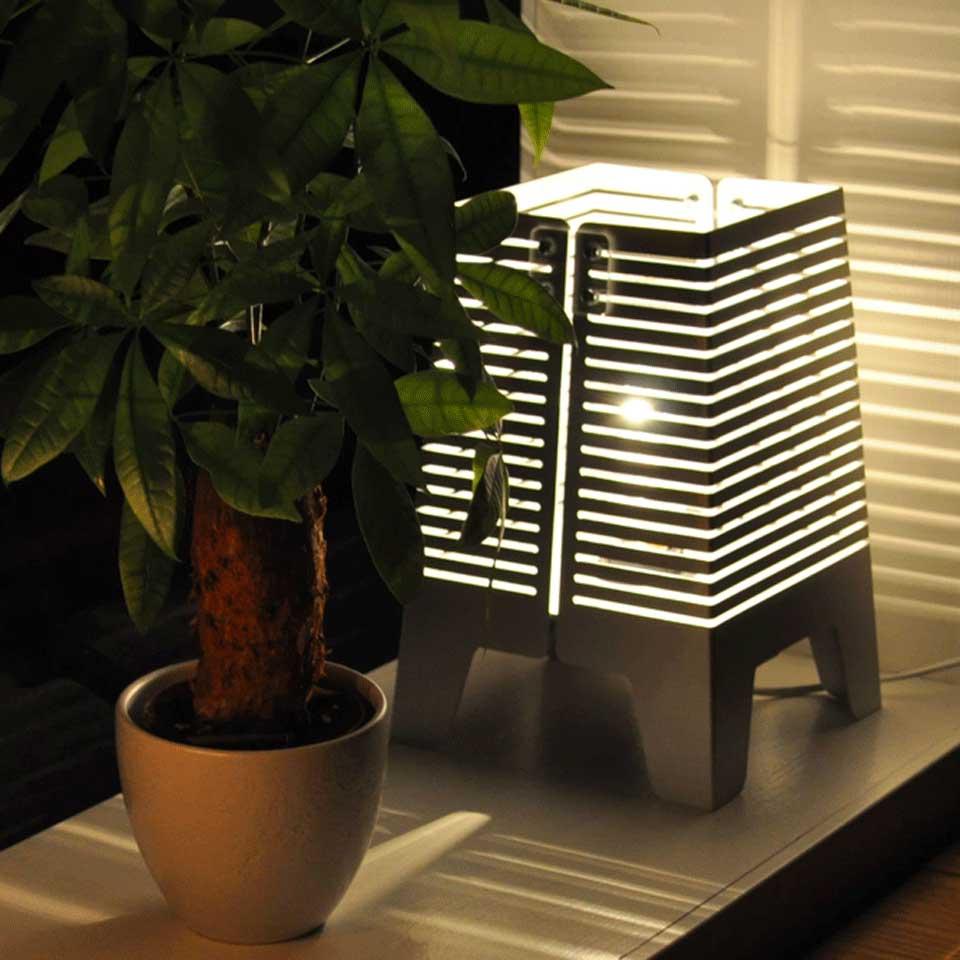 Bordslampa, aluminium