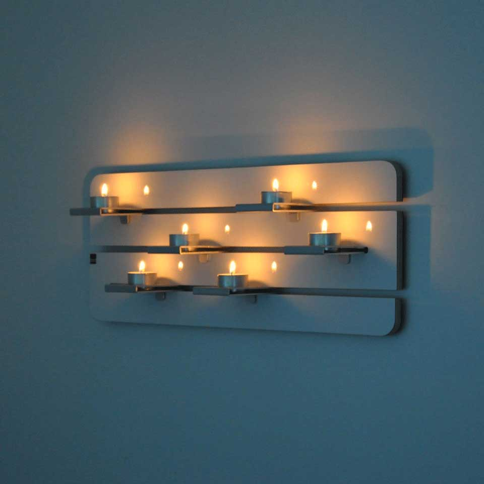 Ljusramp för sex värmeljus i trä och aluminium. Dekorativ trivselbelysning.
